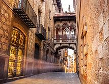 Barrio-Gótico-Barcelona_sg8ynj.jpg