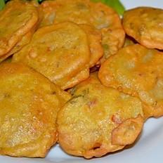 Aalu Pakoda (Potato Fritters)