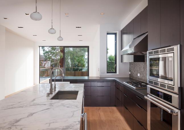 kitchen_family_6002jpg