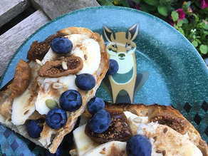 Foxy has the toast!
