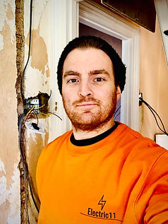 Peter Holmes Electrician