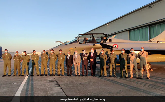 India Rafale Deal: The Indian ambassador to France interacted with the Indian pilots of the Rafale jets.