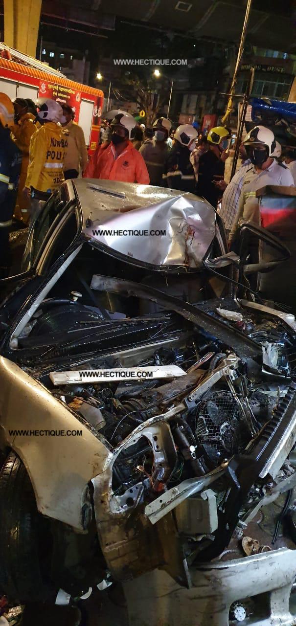 Speeding car rams into 8 people in Crawford Market, Mumbai