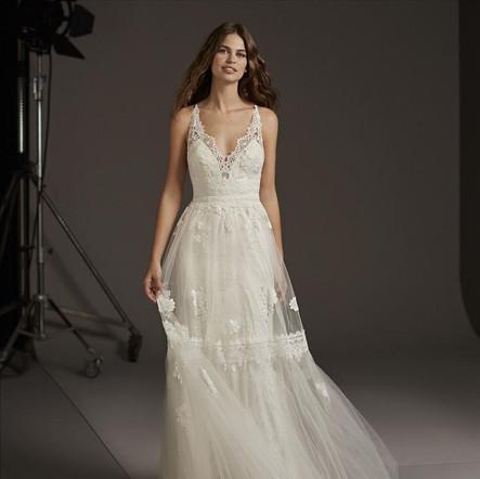 liebesbraut-Brautmode-Hochzeitskleid-Boh