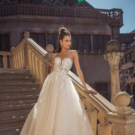 liebesbraut-braut-Hochzeitskleid-dominis