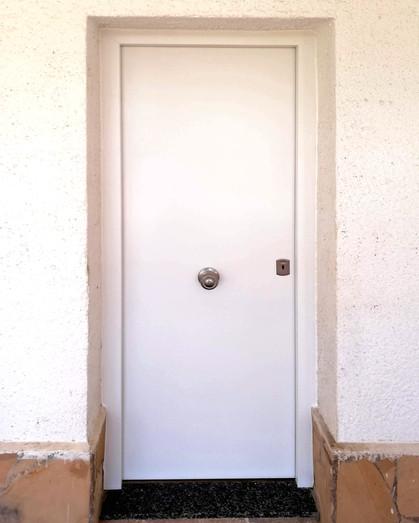 Puerta Blindada Lacada