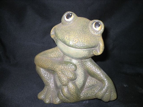 Curly the frog
