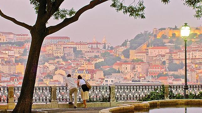 Lisboa_Miradouro-f8104e9f.png