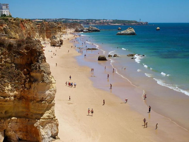 Holidays_and_Diving_in_Algarve_Praia_da_