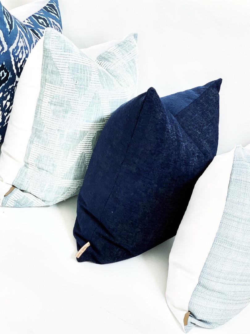 Blue Pillow Comb