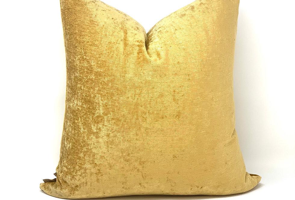 Gold//Goldie