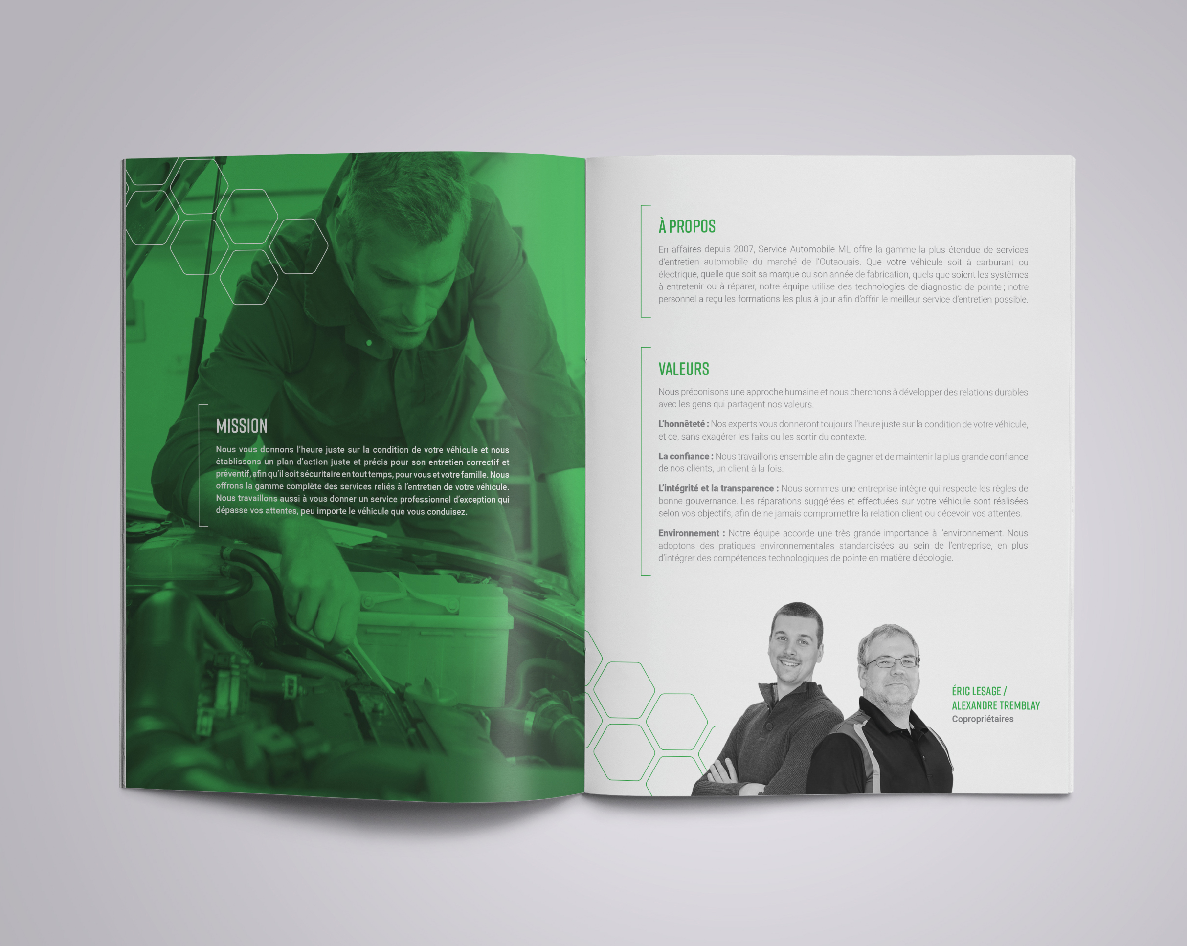 ML_brochure spread