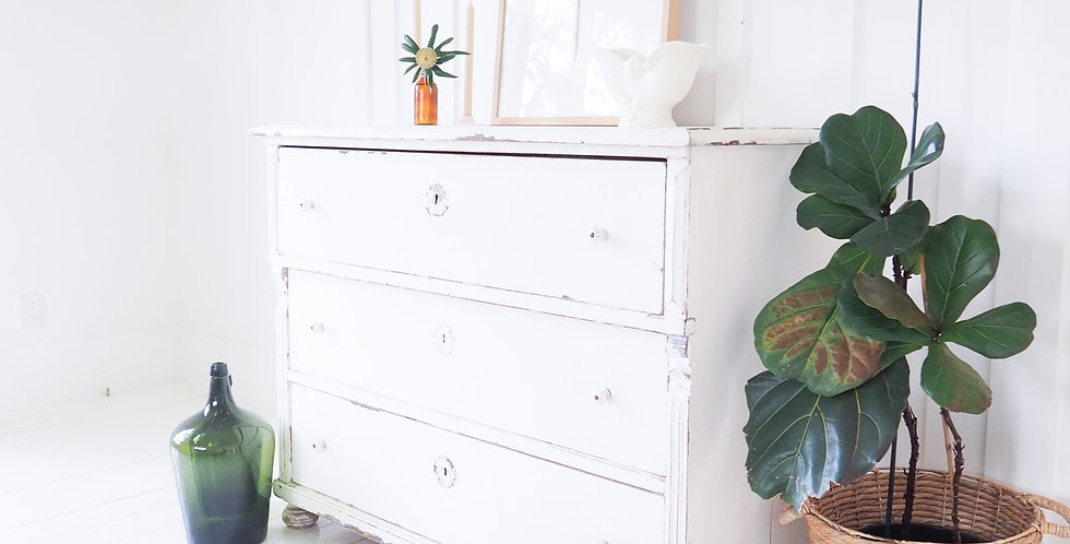 Swedish Painted Chest of Drawers
