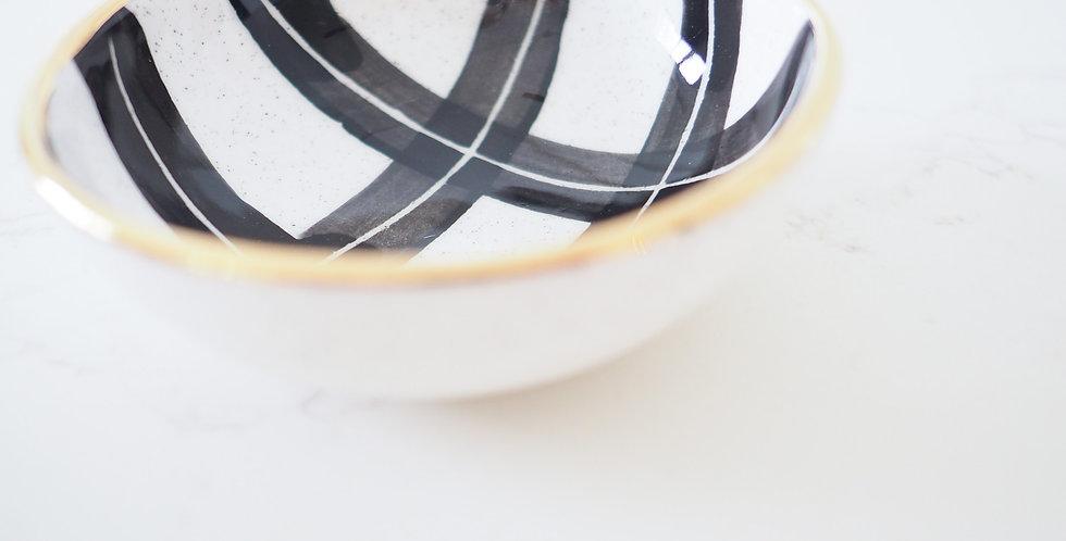 Claybird Ceramics Ring Dish - Taka Tartan Large