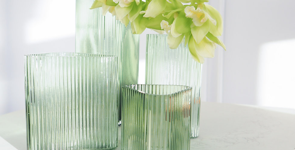 Marmoset Found - Profile Vase