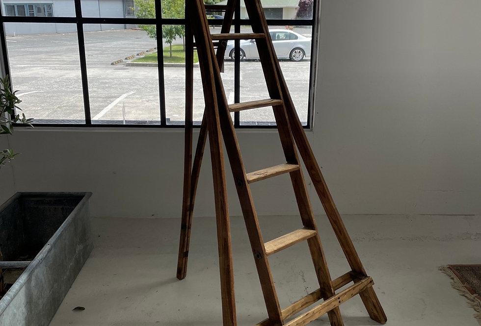 Vintage Corner Ladder
