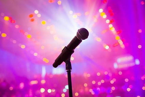 microphone-5108825_1920.jpg