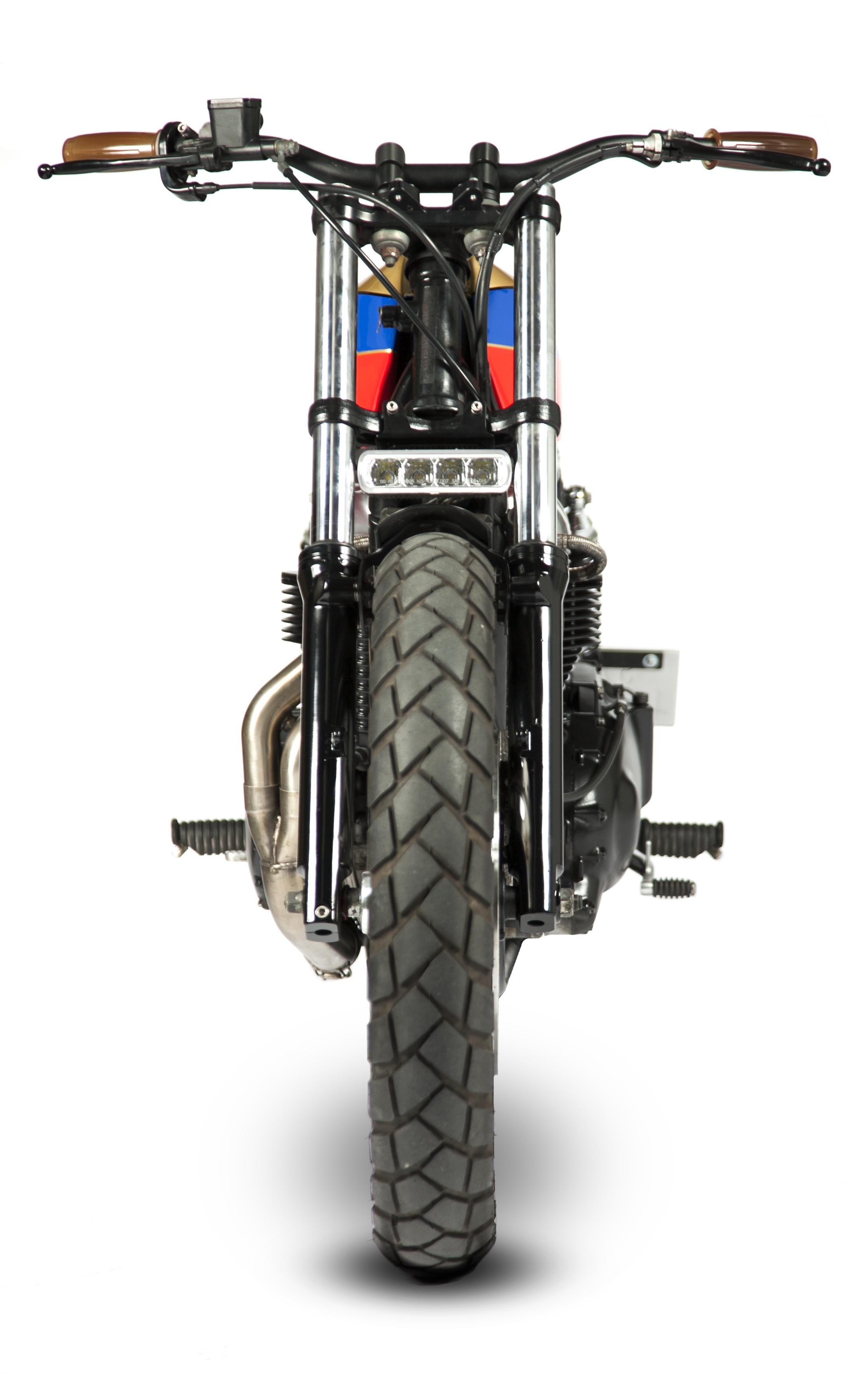 maria_motorcycles_triumph_bonneville_sillykid_0604