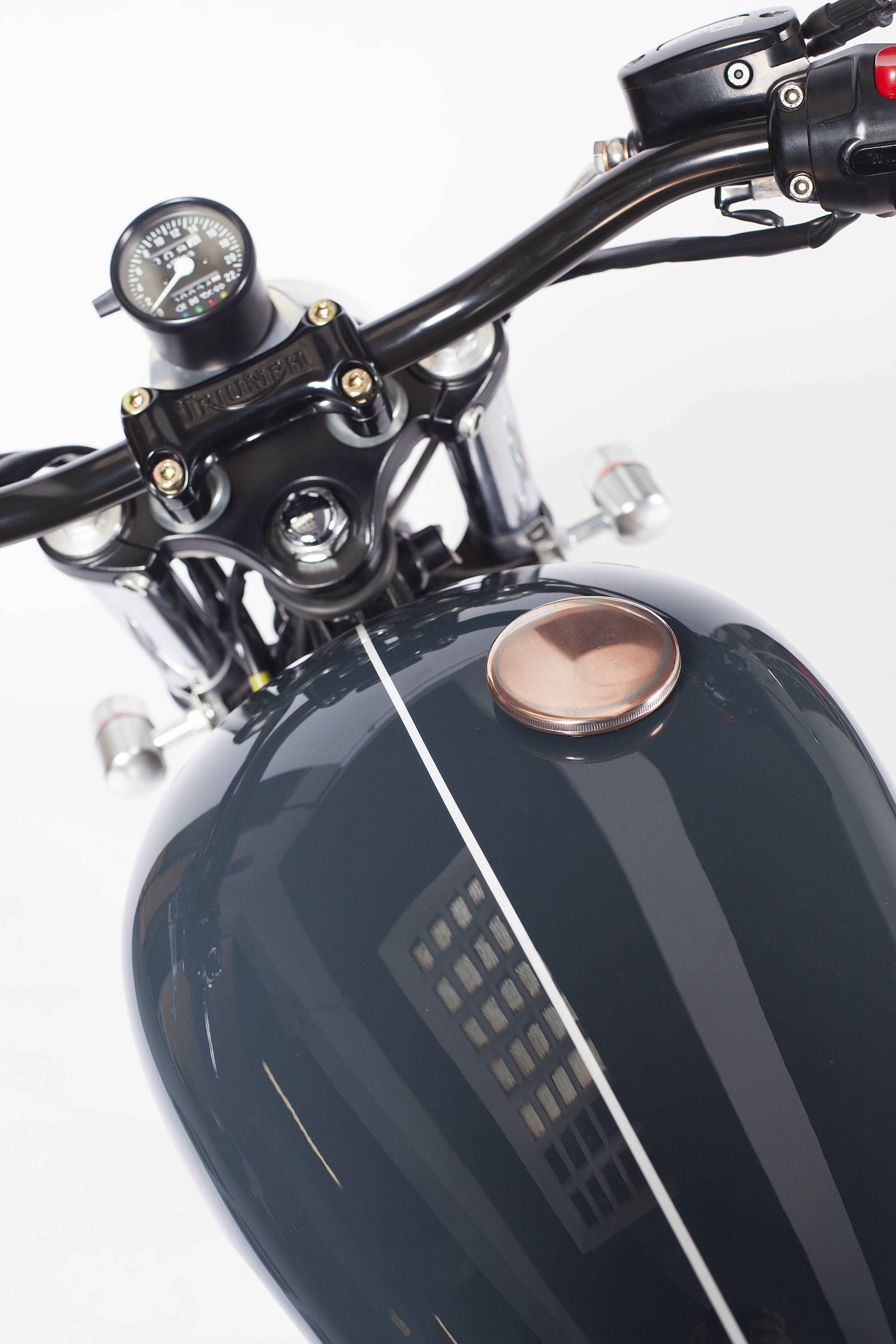 maria_motorcycles_triumph_bonneville_luther_2608