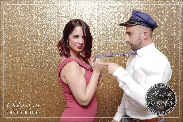 Alicia + Jeff GIF (37).mp4