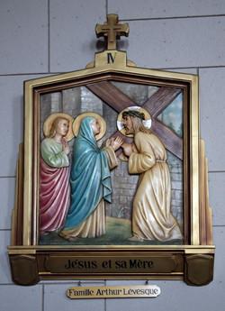4 - Jésus et sa Mère