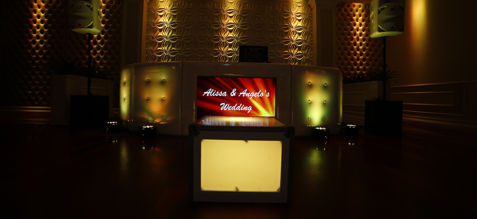 White Leather Booth with Screen