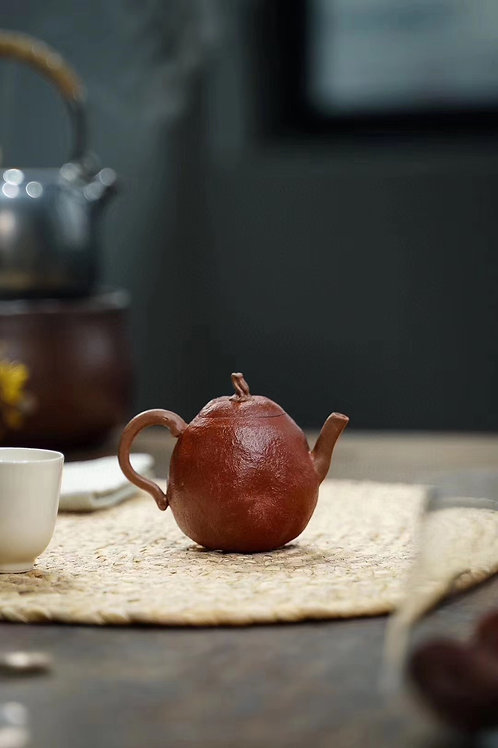 Tea Tell Truth Nature Good Hand Made Clay Tea Pot— Red Pear