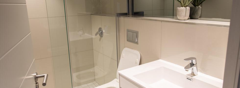 Bathroom_2bedroom_Docklands_303_ITC_1.jp