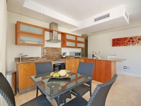 Kitchen_2bedroom_Piazza_1201_ITC_1.jpg