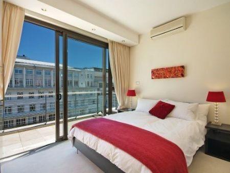 Bedroom_2bedroom_Piazza_1201_ITC_3.jpg
