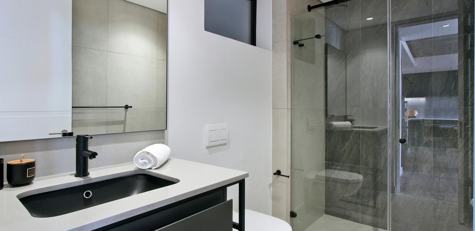 Bathroom_2bedroom_Signatura_206_ITC_2.jp