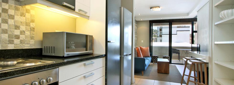 Kitchen_1bedroom_Decks_907_ITC_3.jpg