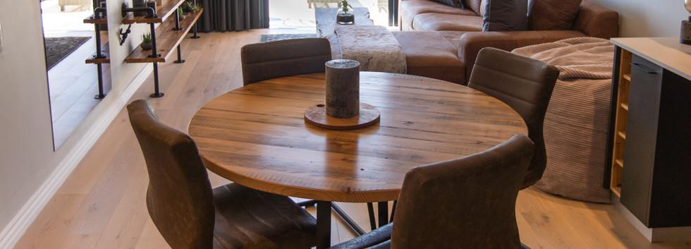 Diningroom_2bedroom_Docklands_303_ITC_1.