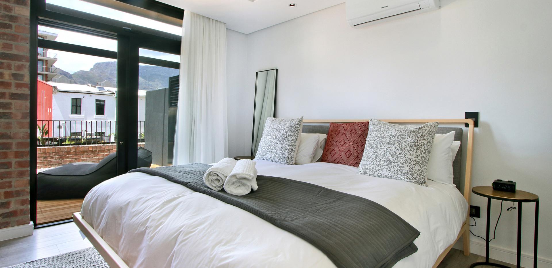 Bedroom_2bedroom_Signatura_206_ITC_1.jpg