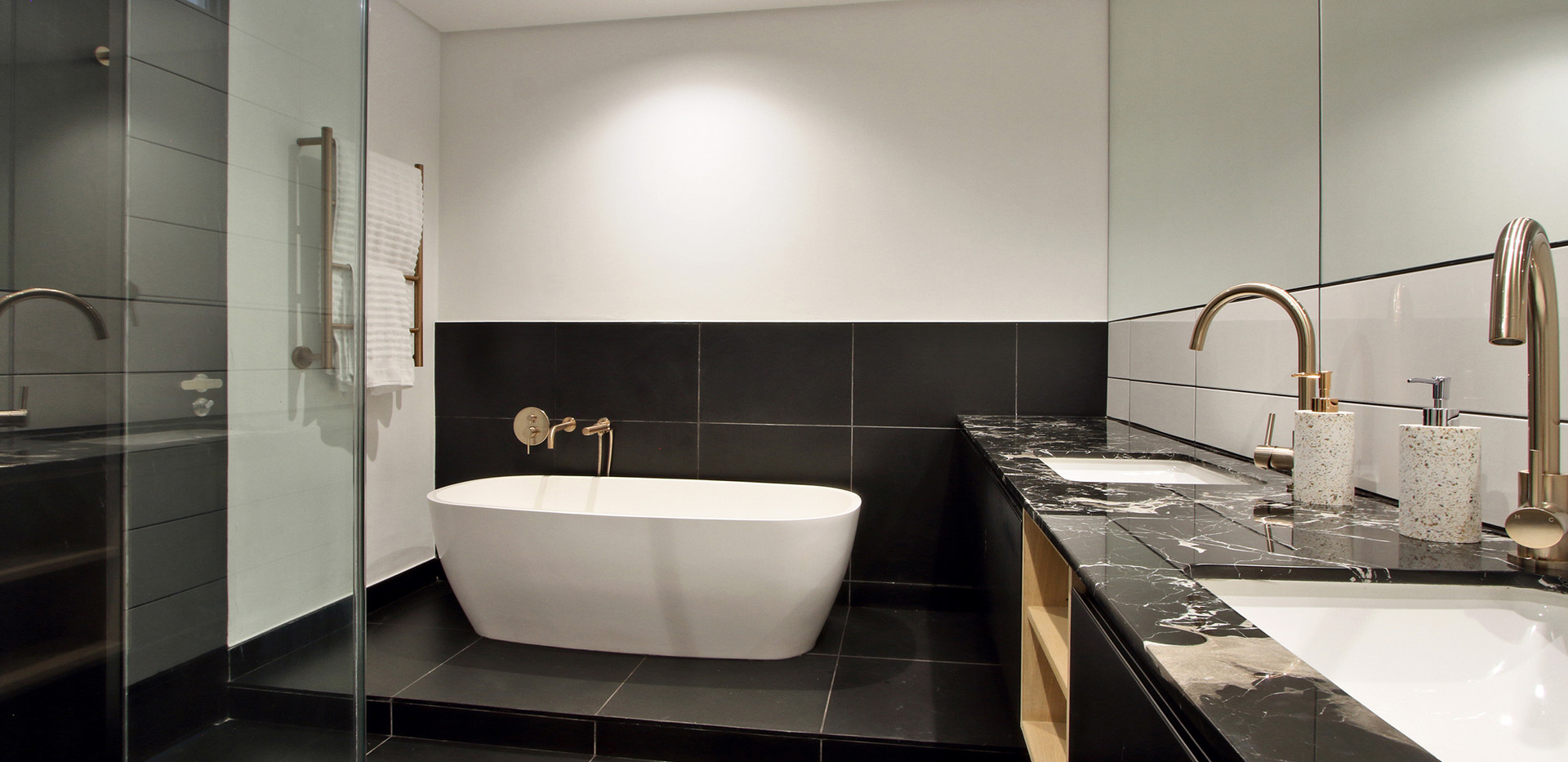 bathroom_Pentouse_Onyx_1106_ITC_4.jpg