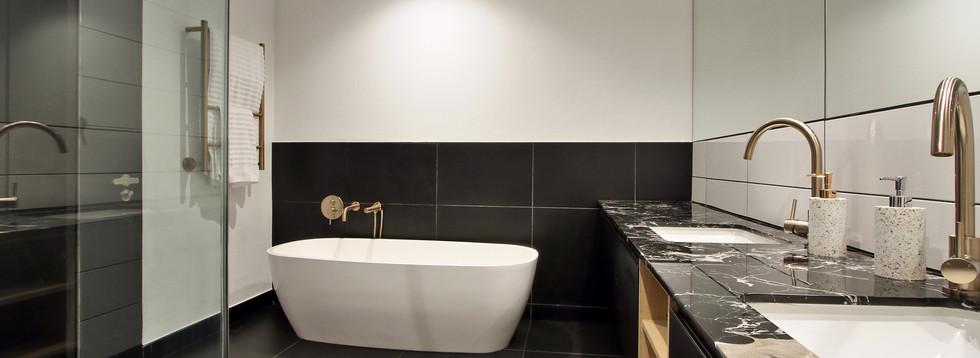 bathroom_Pentouse_Onyx_1106_ITC_4.jpg