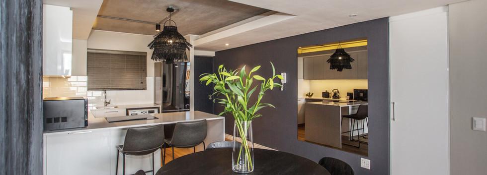 Lounge_1bedroom_Docklands_325_ITC_3.jpg