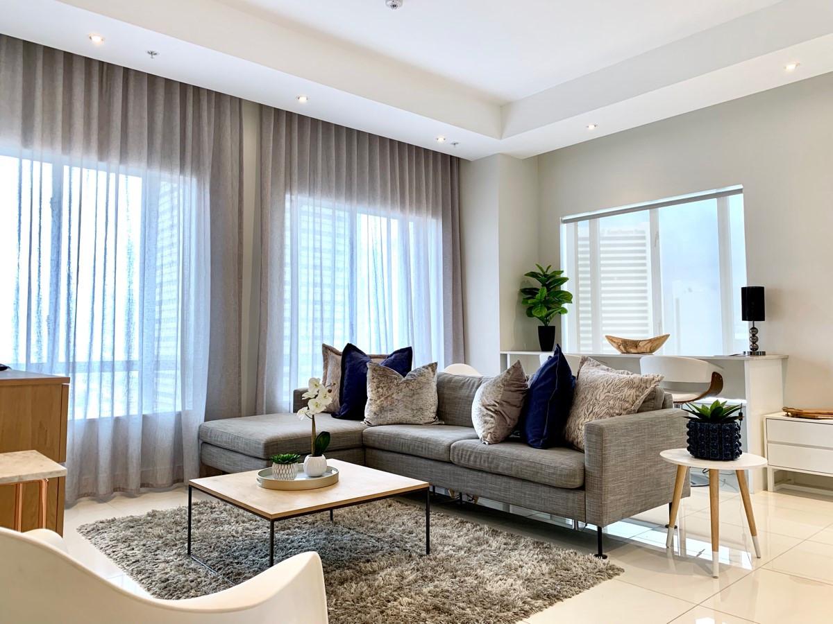 Lounge_2bedroom_Trianglehouse_1412_ITC_1