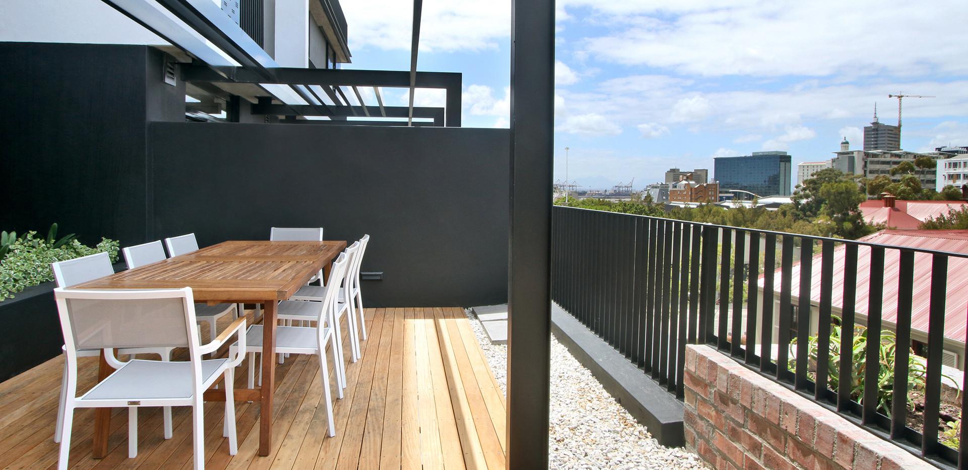 Balcony_2bedroom_Signatura_206_ITC_3.jpg