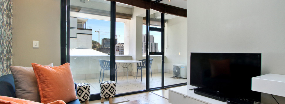 lounge_1bedroom_Decks_907_ITC_3.jpg