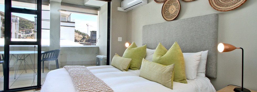 bedroom_1bedroom_Decks_907_ITC_4.jpg
