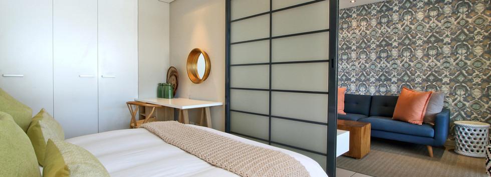 bedroom_1bedroom_Decks_907_ITC_2.jpg
