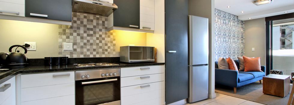 Kitchen_1bedroom_Decks_907_ITC_1.jpg