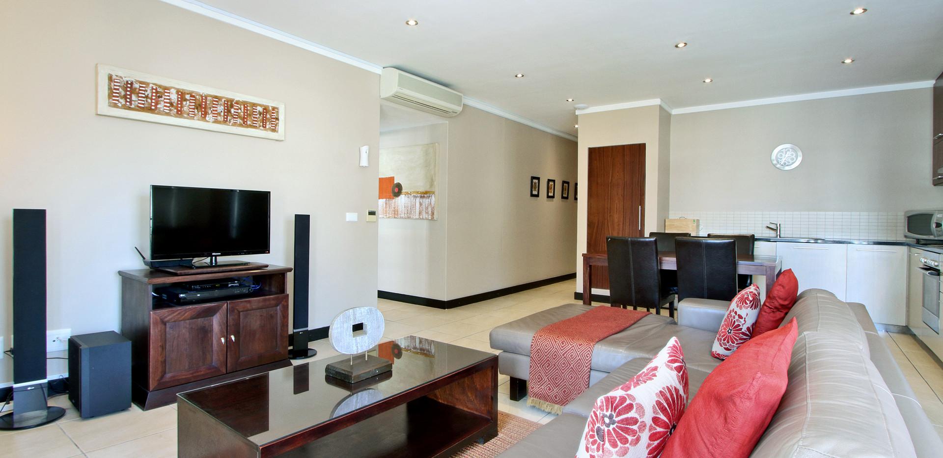Lounge_1bedroom_Icon_804_ITC_2.jpg