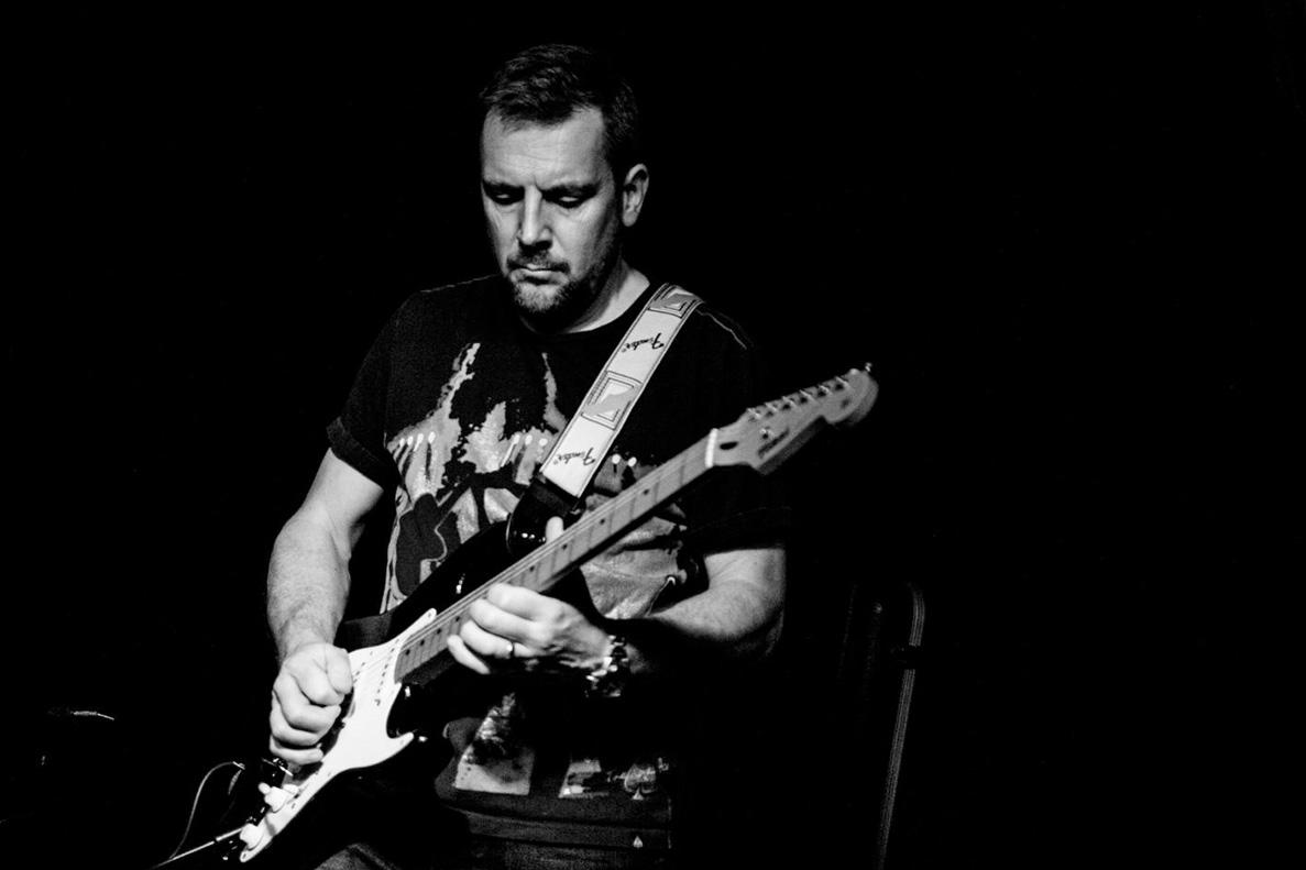 guitar-live-1