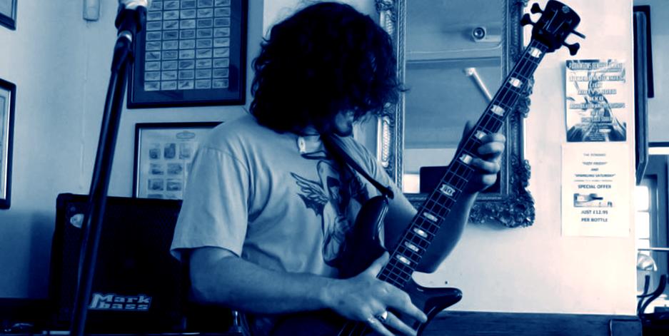 gig-001-bass-1
