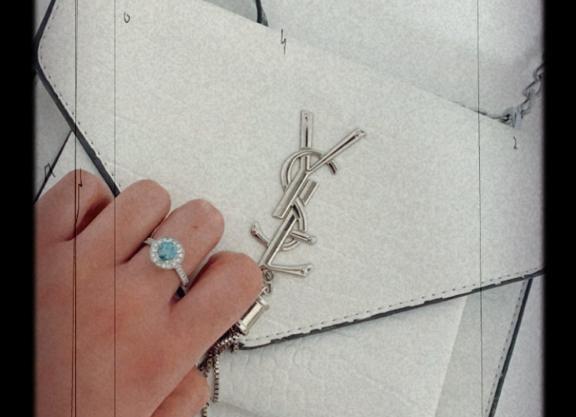 טבעת מלודי עם אבן יהלום כחולה