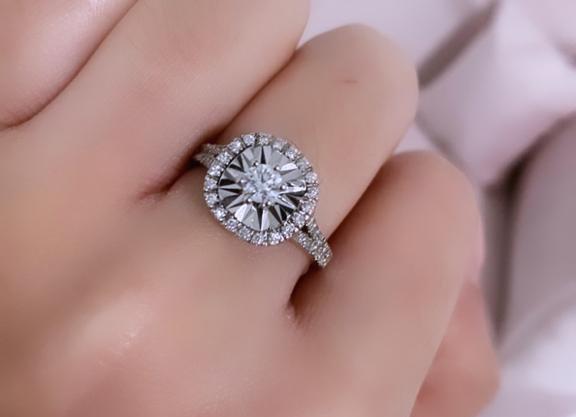 (טבעת לינדה(יש שרשרת תואמת