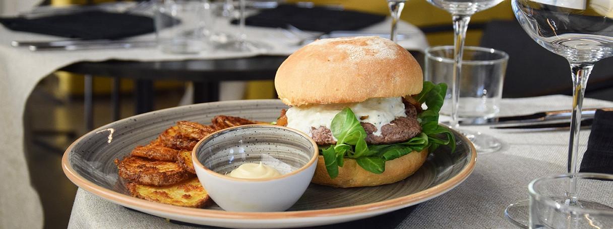 26_food_hamburger di fassona_low-min.jpg