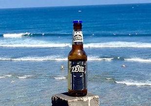 2.-Zeos-Black-Weiss-Greek-Beer-2-495x400